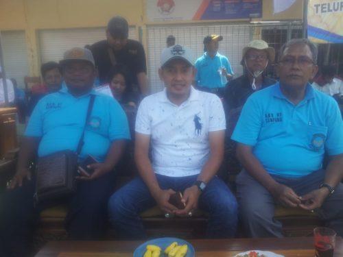Ketua AKN Aksan (pake topi), bersama dengan Wakil Bupati Sampang H.Abdullah Hidayat (tengah).